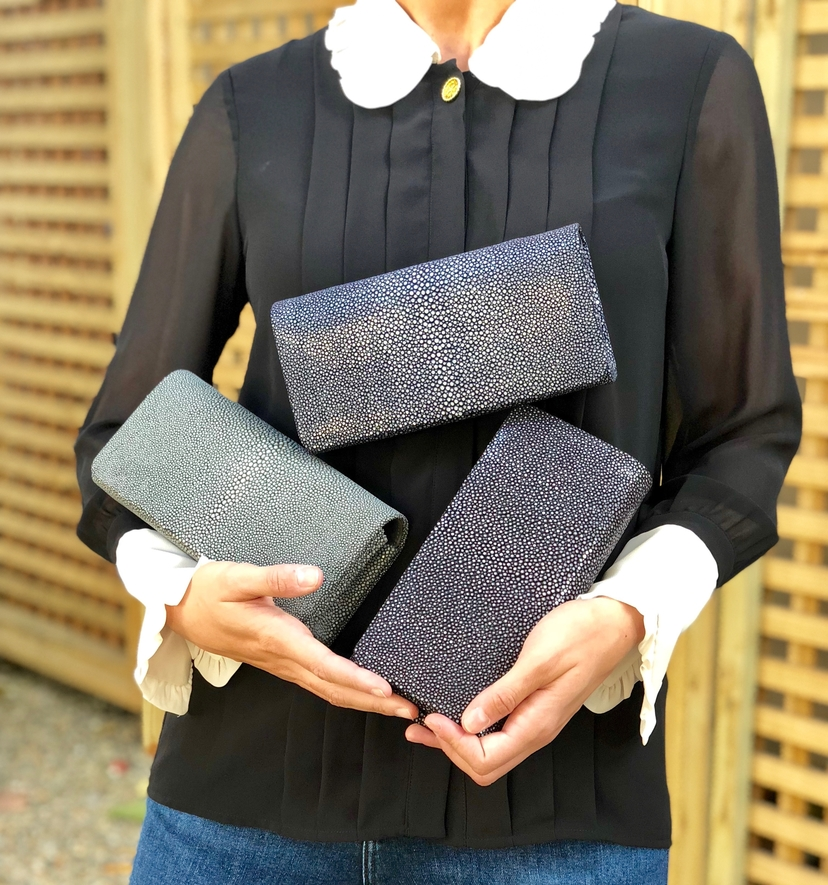 Stingray Clutch (+More Colors) Bags