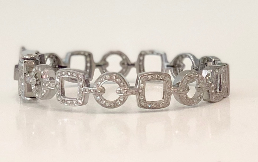 The Woods Fine Jewelry Geometric Pave Diamond Chain Link Cuff Jewelry