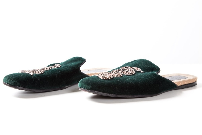 2a6dfda3d8e Gucci Gucci Men s Green Velvet Snake-Embossed Evening Slippers SZ 13 Sale  Shoes