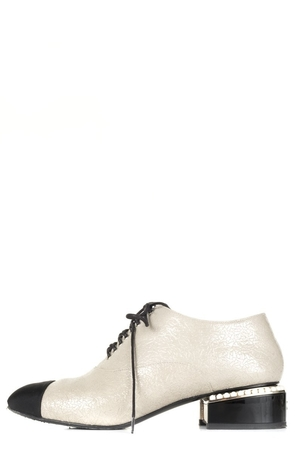 Chanel Chanel Leather Pearl Oxfords 37 Sale Shoes