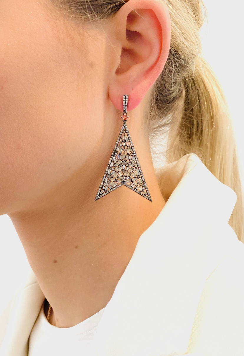The Woods Fine Jewelry 5.3 Diat Triangle Earrings Jewelry