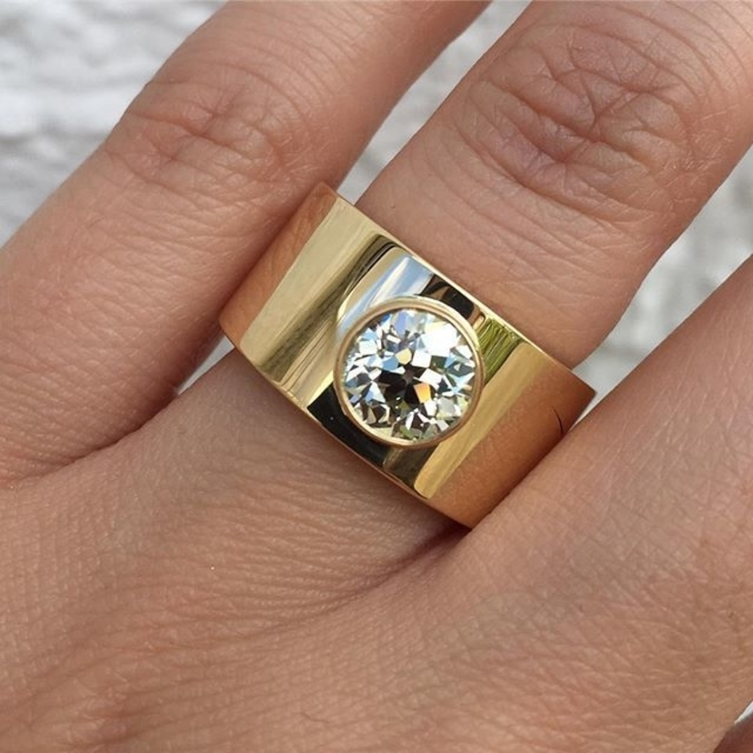 When a remount goes oh so right. Our Cygalle ring featuring a very happy client's old European cut diamond.