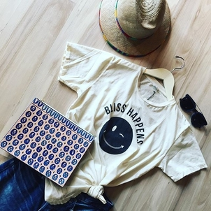 Ann Howell Bullard Bliss and Mischief Wilt Laid-back Outfit Accessories Sale Tops