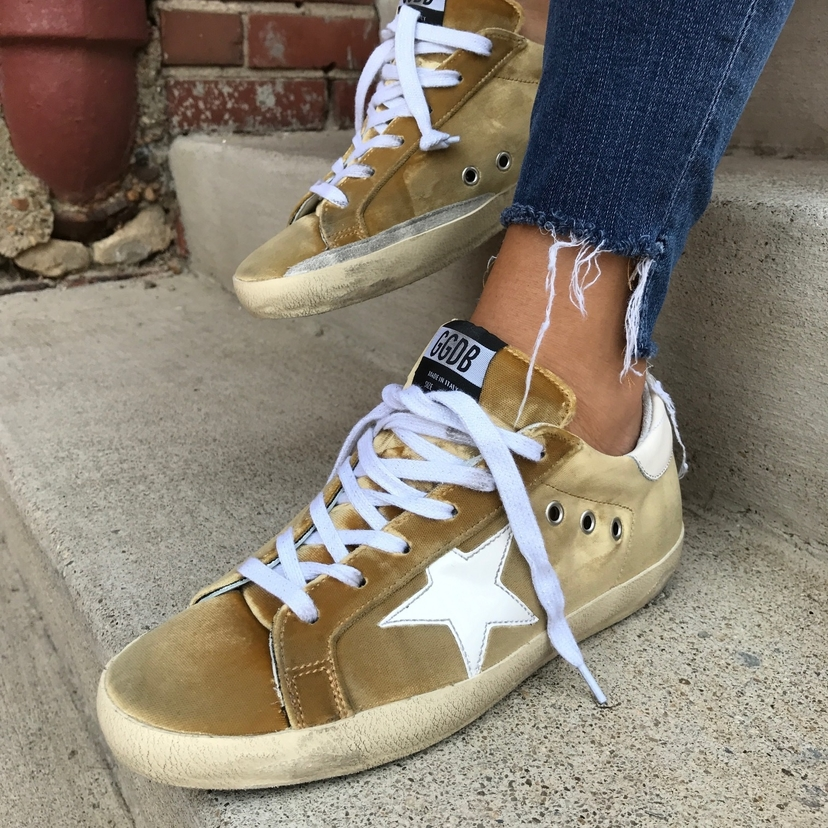 Golden Goose Velvet Superstar Sneakers coy83