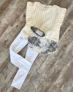 Shredded white denim  Pants Shoes Tops