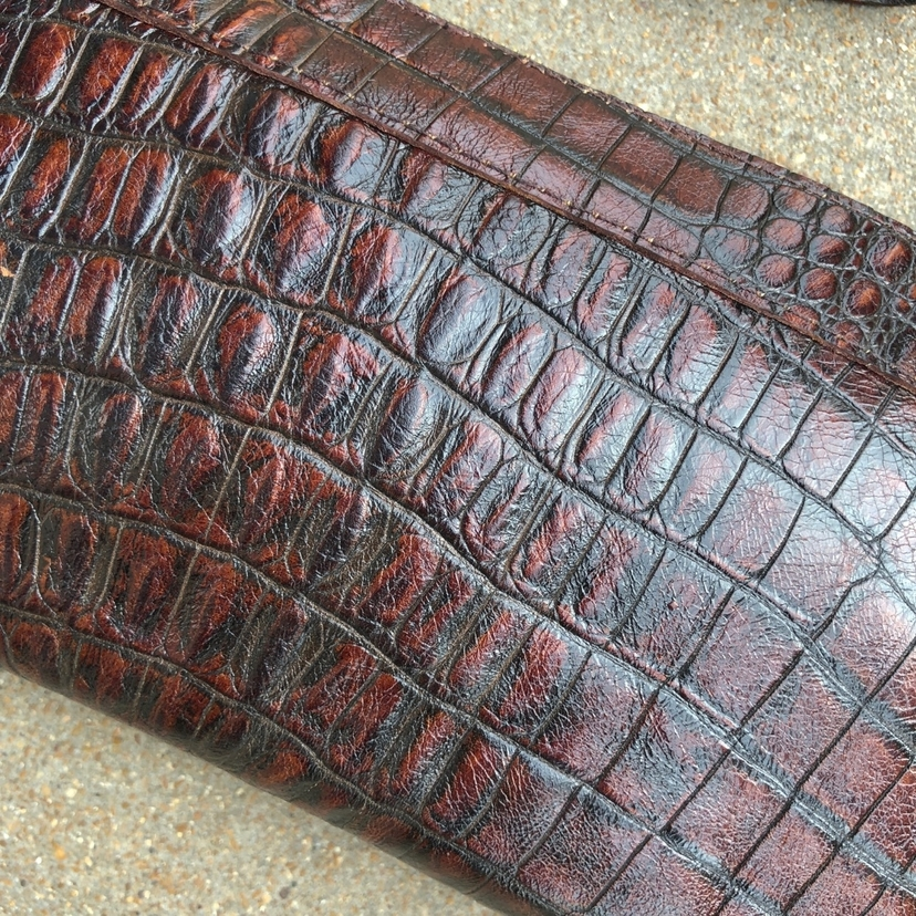 Kim White Embossed Croc Clutch Wristlet Bags
