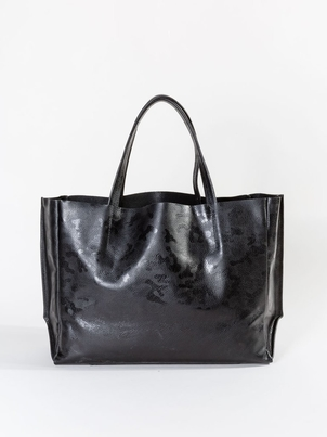 Ampersand As Apostrophe Sideways Tote Black Camo Bags