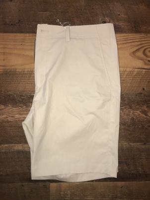 "Tailor Vintage 9"" Performance Chino Shorts in Khaki"