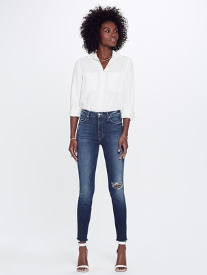 Mother High Waisted Looker Ankle Fray in Close To The Edge Pants