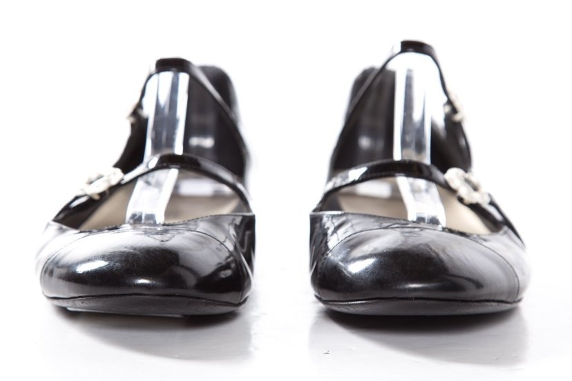 10148789af2 Chanel Chanel Black Patent Leather Round Toe Mary Jane Flats SZ 37 Sale  Shoes