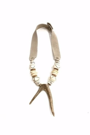 Twine + Twig Mid Antler Double Tip Necklace | B + W Jewelry